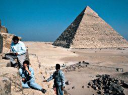 Leggi tutto: Tombaroli a Giza